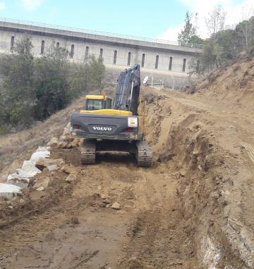 Trabajos en la presa El Pajarero. Santa María del Tietar (Ávila)