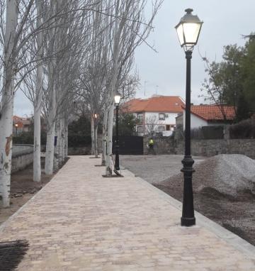 Pavimentación de calle Las Lanchas de Colmenar del Arroyo (Madrid)